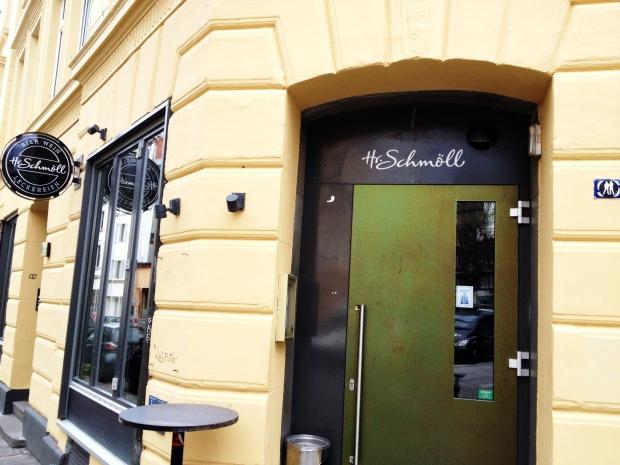 Eingangstür von Herr Schmöll auf St. Pauli
